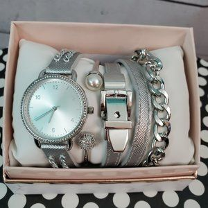 New Watch and Bracelet Gift Set Silver
